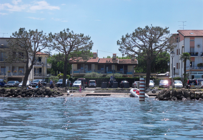 Apartments Al Pescatore have large balconies or terraces overlooking the lake